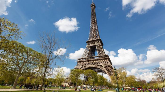 Cara Menuju ke Menara Eiffel