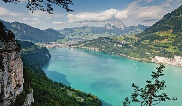 Danau Lucerne di Swiss, Danau Eksotis dengan Empat Aliran