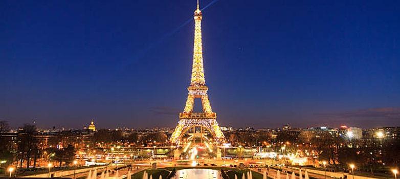 Menara Eiffel Paris-Prancis, Ikon Terkenal dari Kota Mode Dunia