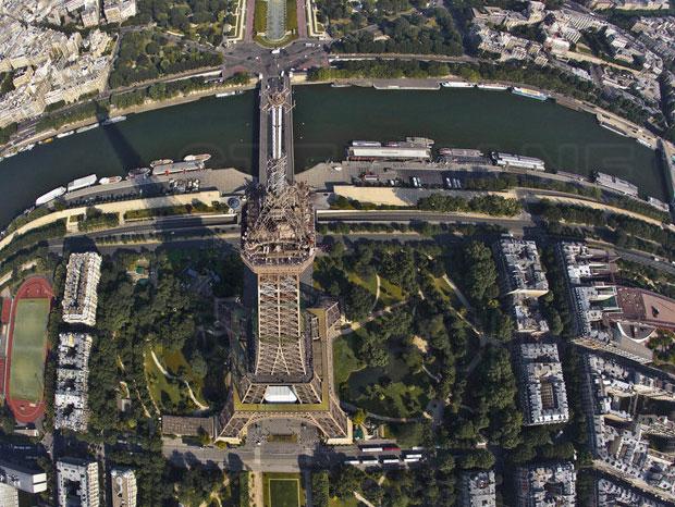 Panorama dari Atas Menara Eiffel
