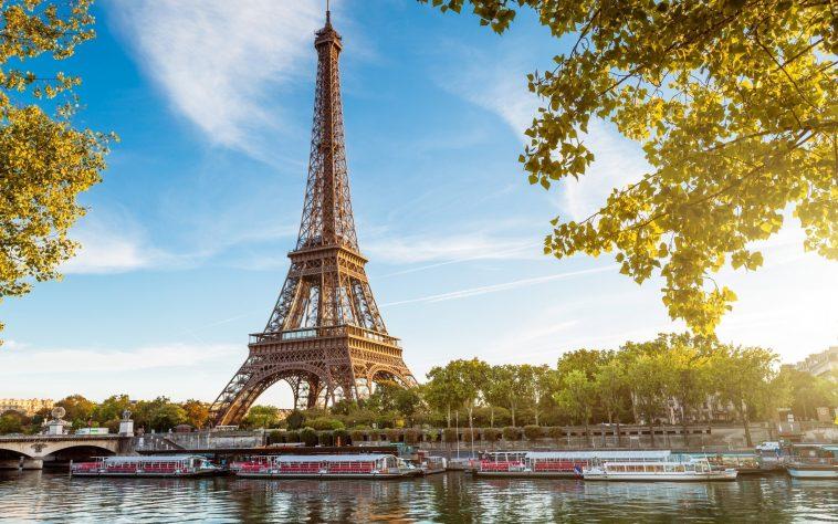 Paket Tour Eropa Barat Wisata Muslim 13 Hari (Bonus : Keukenhof Festival)
