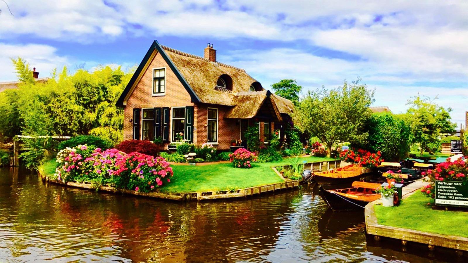 Giethoorn Belanda, Desa Paling Bebas Polusi di Dunia Yang Mempesona