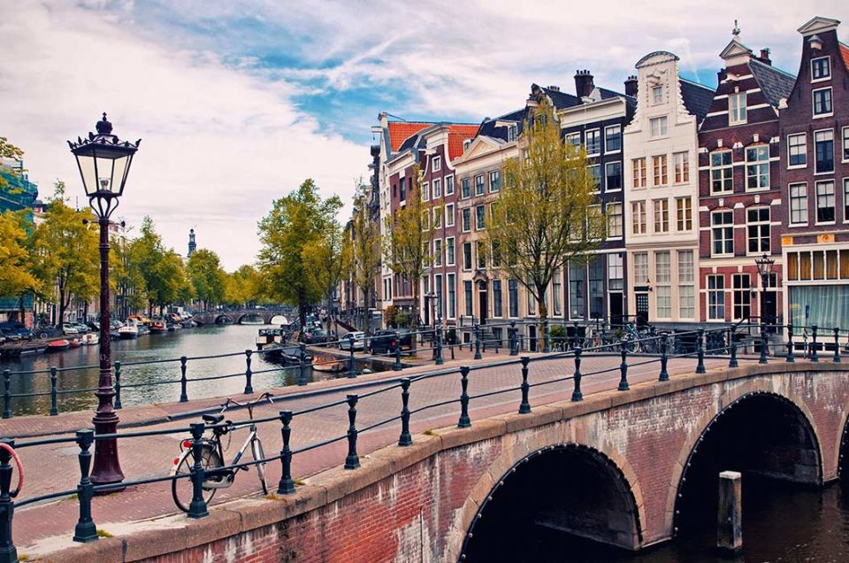 Kanal-Kanal di Amsterdam