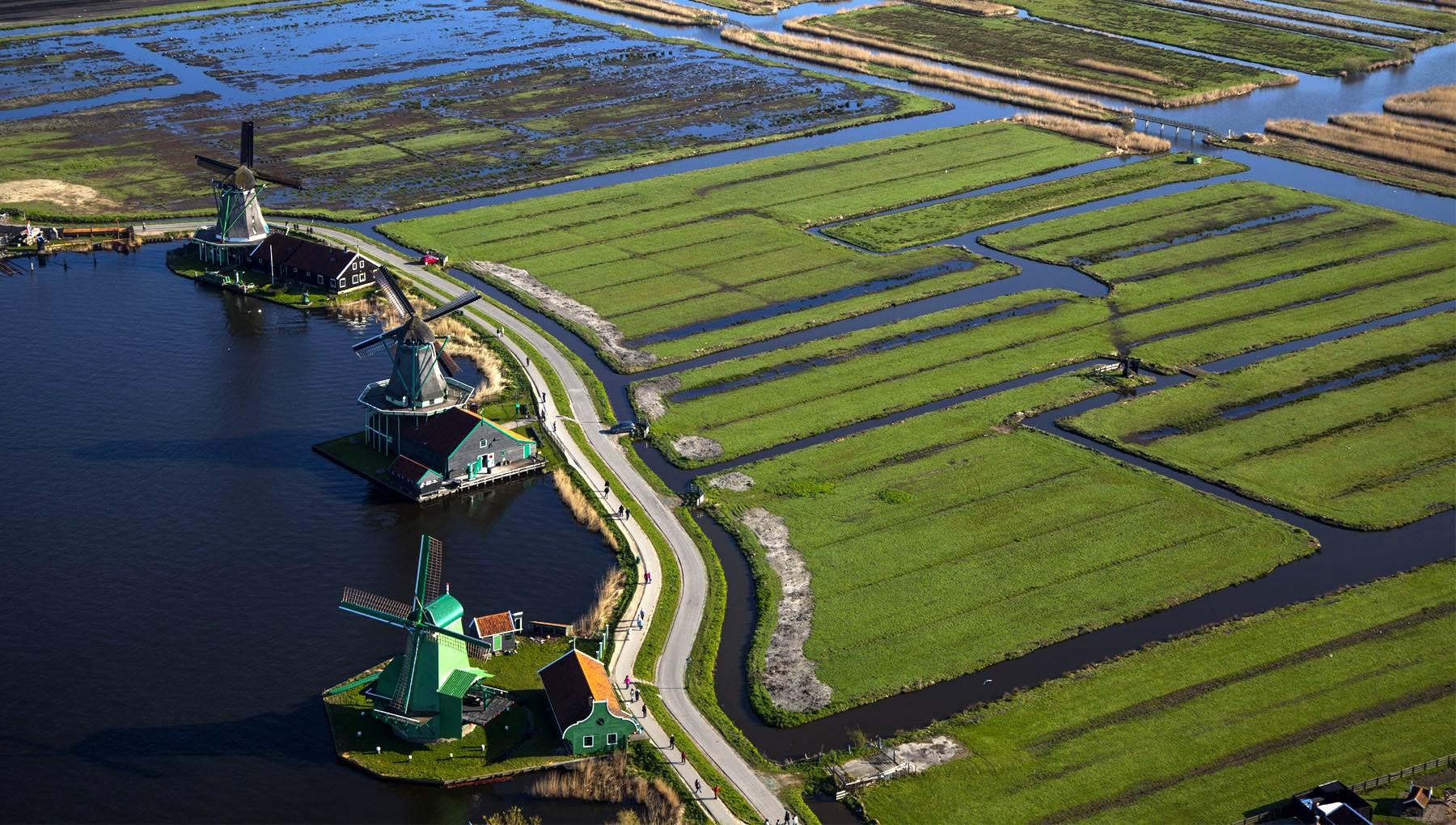 Zaanse Schans, Desa Wisata dengan Pesona Kincir Angin yang Cantik di Belanda