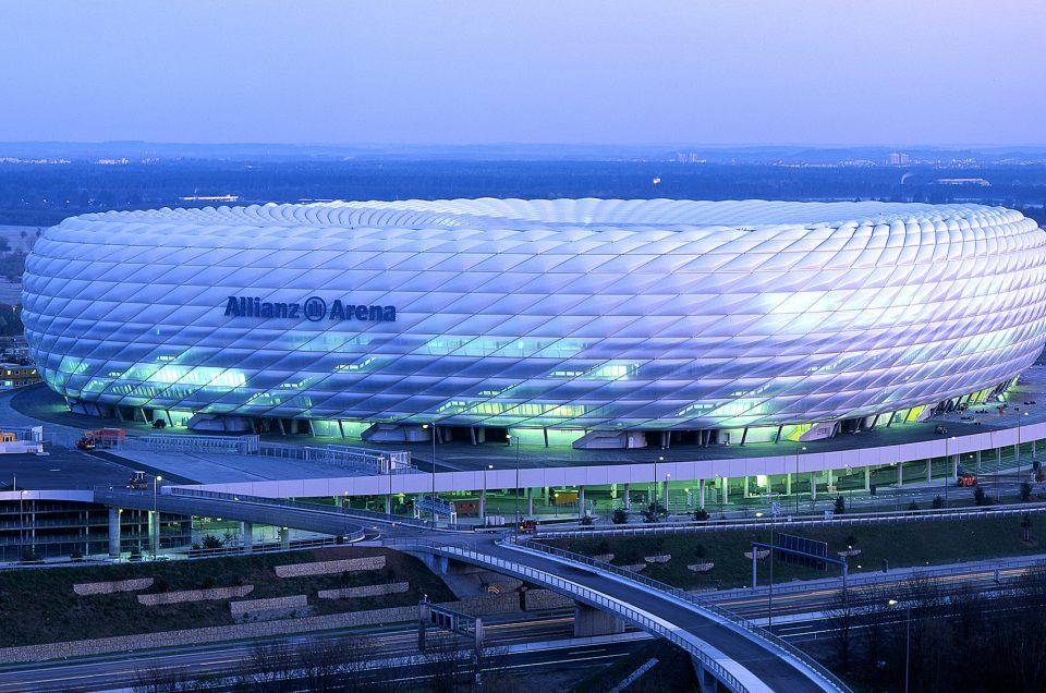 Allianz Arena Jerman, Stadion Sepak Bola Pertama di Dunia Yang Bergemerlap Cahaya