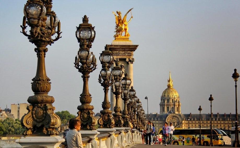 Jembatan Pont Alexandre III