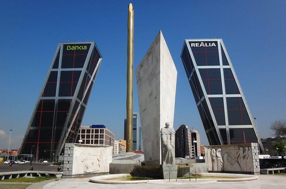 Plaza de Castilla Madrid, Gedung Kembar yang Unik di Spanyol