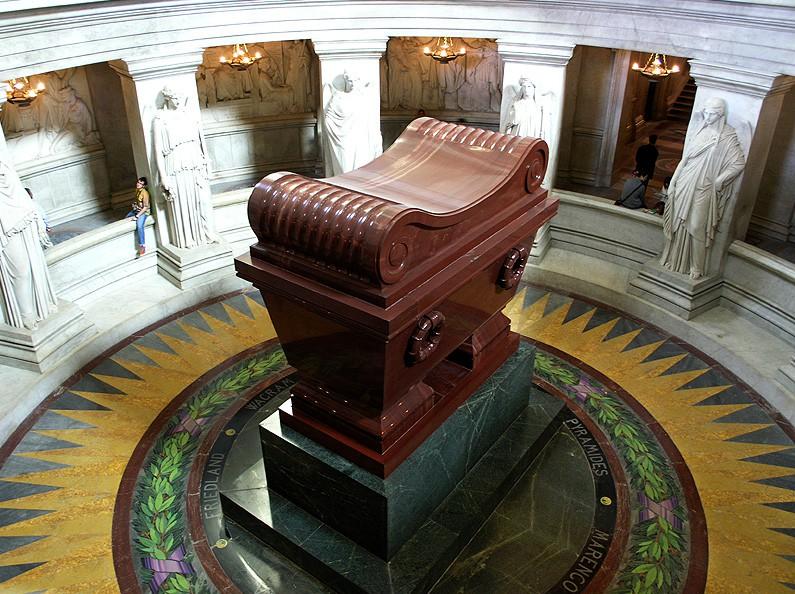 Makam Napoleon di le Musée de l'Armée di Paris