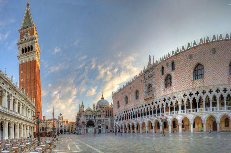 Piazza San Marco Venice, Tempat Menikmati Indahnya Alun-Alun Bersama Ratusan Merpati